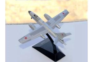 Модель самолёта Ил-28 DeAgostini