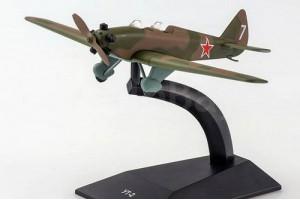 Модель самолёта УТ-2 DeAgostini